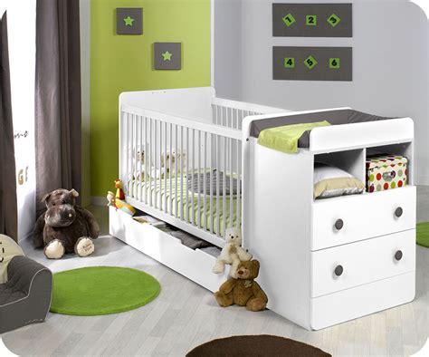 chambre bébé evolutif lit bébé évolutif à barreaux malte couleur blanc