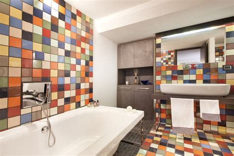 Colorful And Unique Bathroom Floor Tile Ideas
