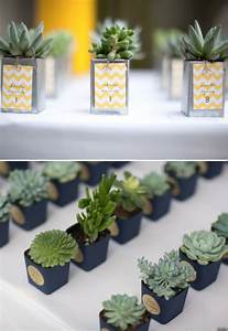 10 awesome wedding favor ideas With cool wedding favor ideas