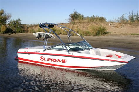 Supreme Boats by Research Ski Supreme V226 On Iboats