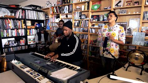 tiny desk concert tickets robert glasper hits npr 39 s tiny desk concert new ep