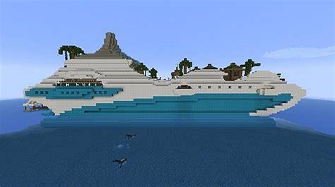 Tropical Island Luxury Yacht Minecraft Project