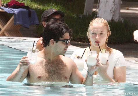 Joe Jonas and Sophie Turner Kissing in Miami August 2018 ...