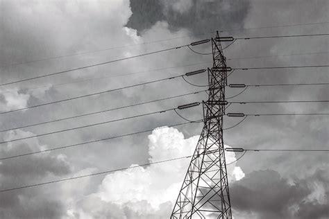 sunlive huge power outage  grid fault  bays