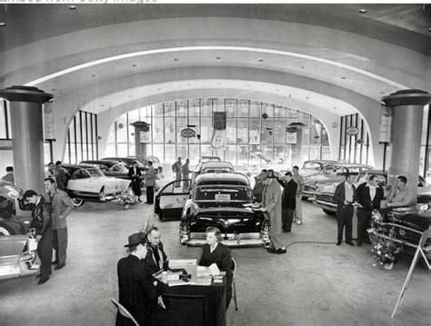 Vintage Car Dealership Showroom   Packard cars, Dealership ...