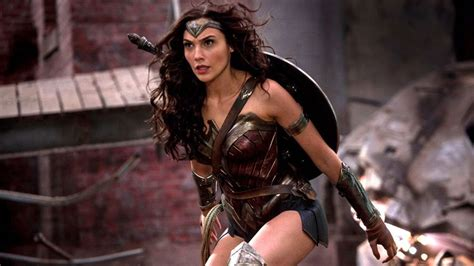 """""""Wonder Woman"""" Review: Truth, Justice, and the Amazonian ..."""
