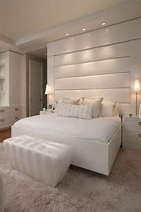Wei es schlafzimmer gestalten for Weißes schlafzimmer gestalten