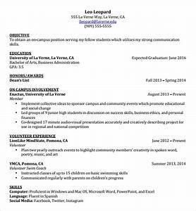 Free 8  Best Resume For Students In University Templates
