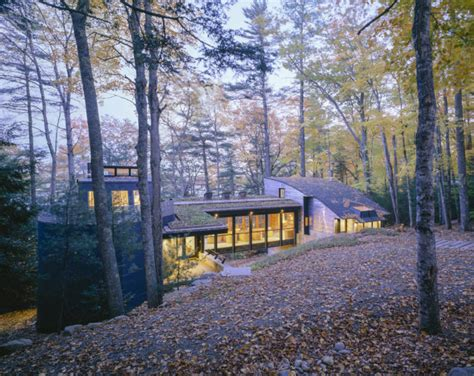 remarkable modern house   maine forest fine