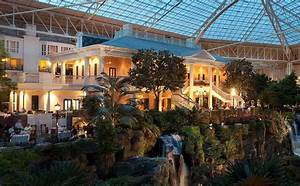 gaylord opryland hotel country christmas is awesome doug With honeymoon suites in nashville tn