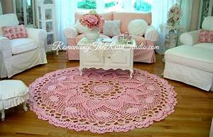 Tapis En Crochet : tapis romantique ananas en crochet diy crochet et plus crochet et plus ~ Teatrodelosmanantiales.com Idées de Décoration