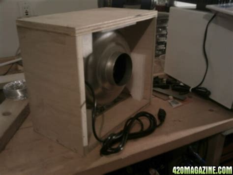 Diy Grow Cabinet by 1st Time Stealth Diy Cabinet Grow Hydro T 5 Led Pineapple