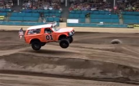 hump day jump general lee ford bronco jumps  county