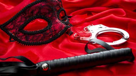 Sociologists Reclassify BDSM As