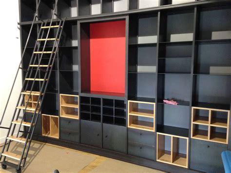 pose meuble cuisine réalisation d 39 un bibliothèque sur mesure agencement