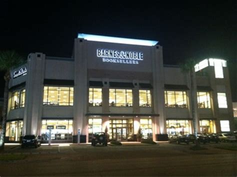 Barnes And Noble Okc Hours by Barnes Noble 2030 W Gray St Houston Tx Book Stores