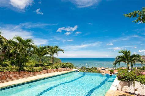 RE/MAX Nicaragua Real Estate » Pelican Eyes   RE/MAX