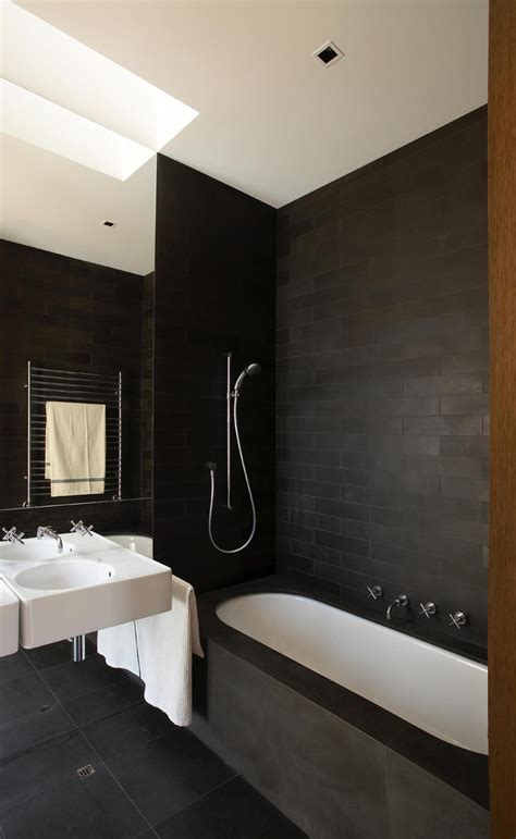examples  black  white bathrooms    love