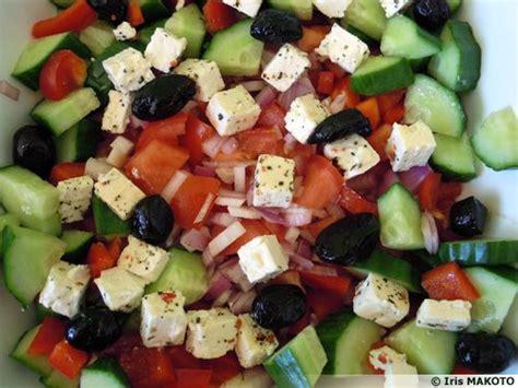 cuisiner le concombre salade crétoise à la féta recette de cuisine