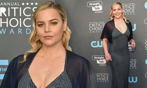 abbie cornish fat on jack ryan abbie cornish oozes glamorous in cleavage baring gown