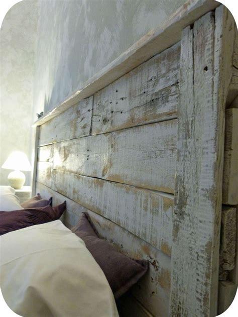 tete de lit bureau les 25 meilleures id 233 es de la cat 233 gorie bois de vieille