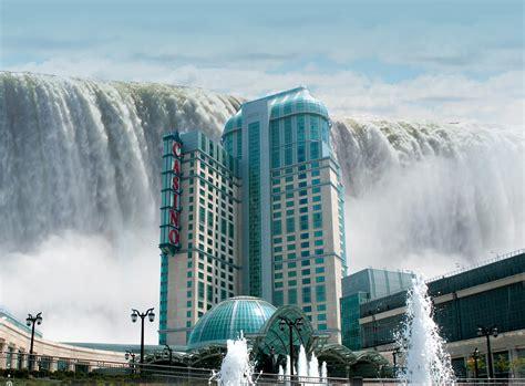 Niagara Falls, Canada  Tourist Destinations