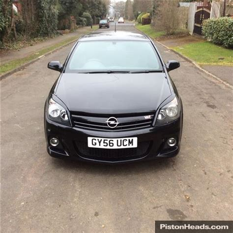 vauxhall astra vxr black used 2006 vauxhall astra vxr vxr for sale in croydon