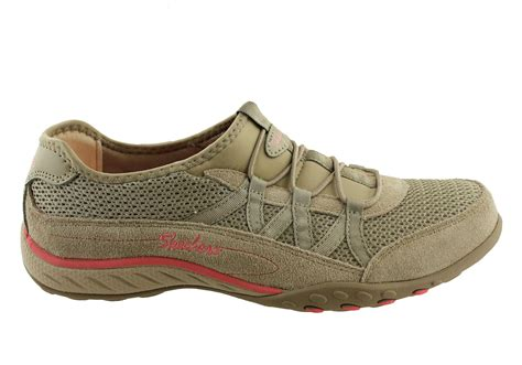 Skechers Womens Breathe Easy Memory Foam Sneakers
