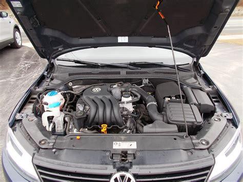 2011 Volkswagen Jetta 13 Engine