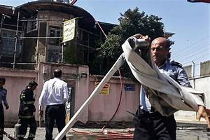 Mehr News Agency - Historic house caught fire in northern Iran