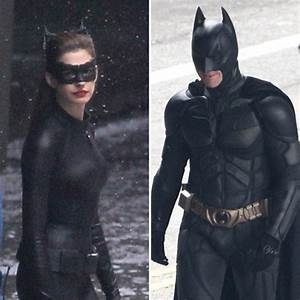 Anne Hathaway Sports Body Hugging Catwoman Suit
