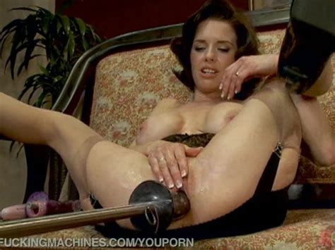 Hot Squirting MILF Machine Fucked Free Porn Videos YouPorn
