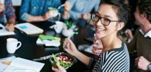 manger sainement au bureau gr 226 ce la livraison de repas au bureau airbuzz