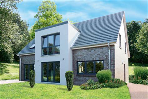 Vorbau Am Haus by Referenzen Malassa Morche Grundbesitz Gbr