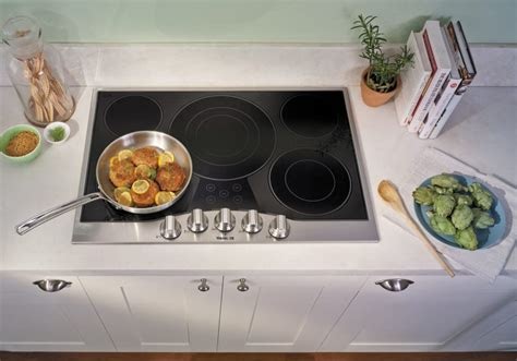 viking rdecubsb   electric cooktop   quickcook surface elements hot surface