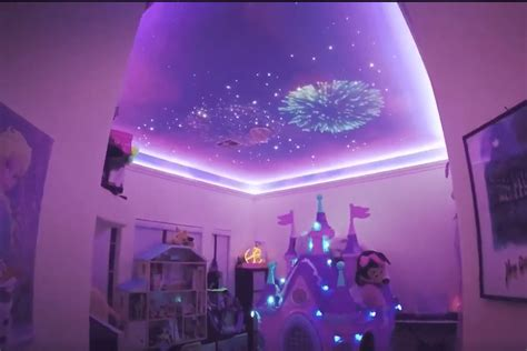 dad recreates disneys fireworks display   daughters