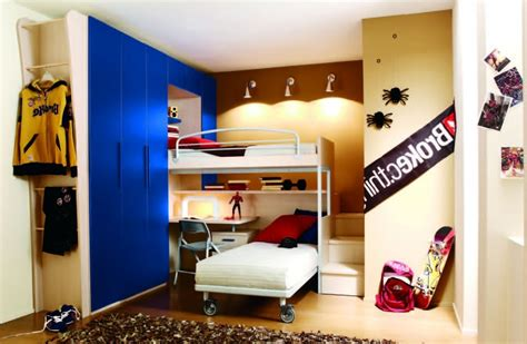 Bedroom Bunk Bed And Bedroom Wall Paint With Flokati Area