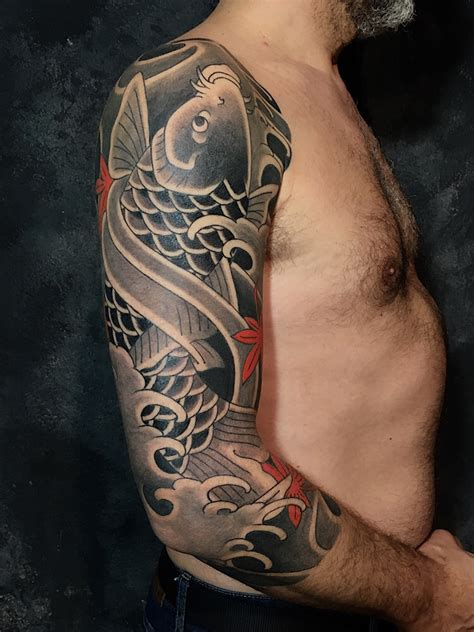 tatuajes medianos en trishula tattoo visitanos en barcelona