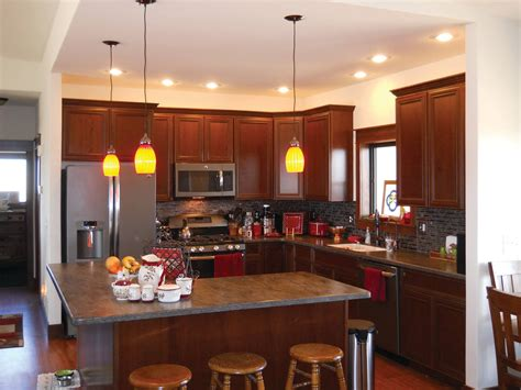 pics of kitchen cabinets glamorous small l shaped kitchen designs with island pics 4179