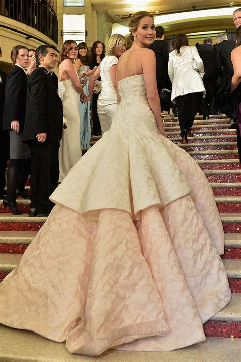 Jennifer Lawrence Celebrates Her Best Actress Oscars Win ...
