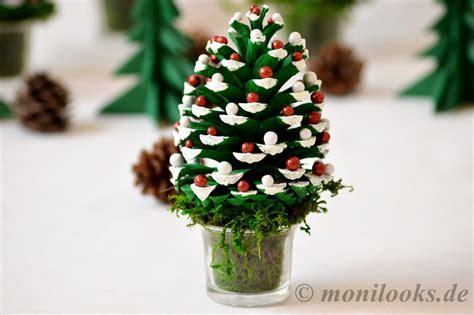 basteln mit tannenzapfen weihnachten diy weihnachtsdeko basteln mit tannenzapfen