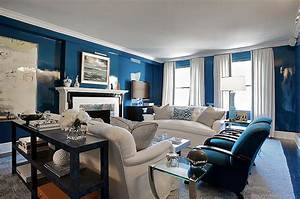Lacquered walls contemporary living room christina for Cobalt blue living room