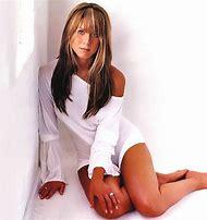 Jennifer Aniston Cute