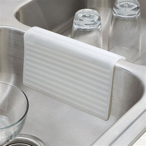 Kitchen Farm Sink Protector by Top 25 Ideas About Kitchen Sink On