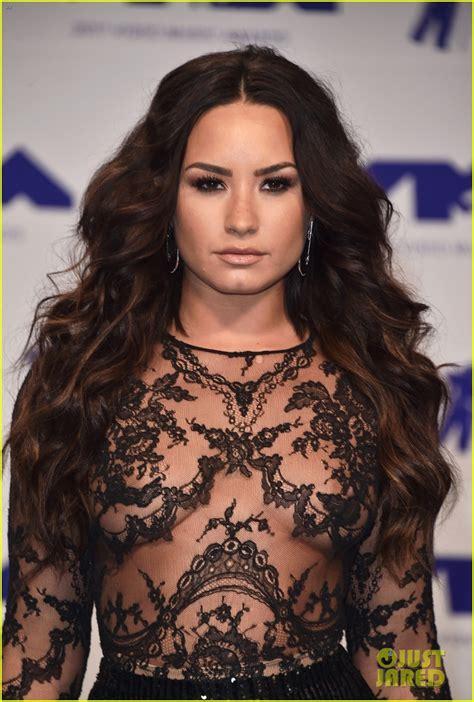 Demi Lovato's Sheer MTV VMAs 2017 Look Is Perfect!   Photo ...