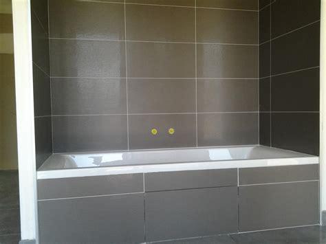 poser faience salle de bain pose de faience salle de bain joints blanc