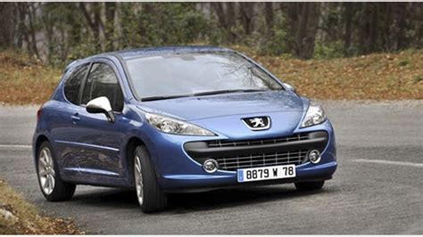 peugeot 207 sw diesel v petrol parkers bigcbit com