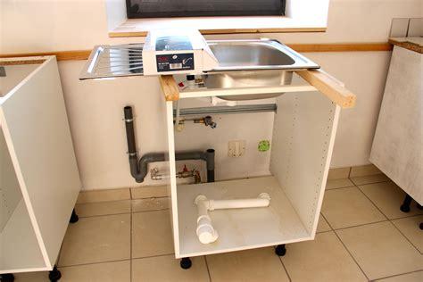 meuble cuisine rideau evier lave vaisselle collection avec plombiers photo clipartfix com