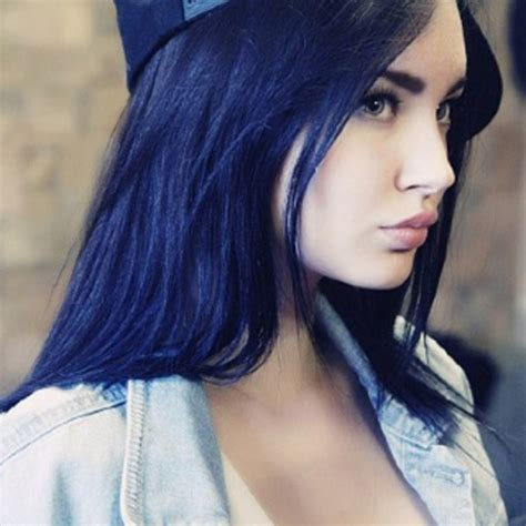 5 Dark Blue Hair Colors For Women Get A Unqiue Style