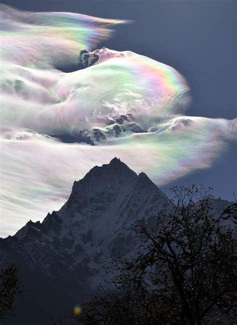 Rainbow Ice Crystal Clouds